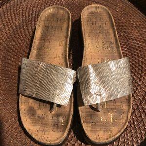 Donald J. Pilner Silver Cork Slides 9M Sandals